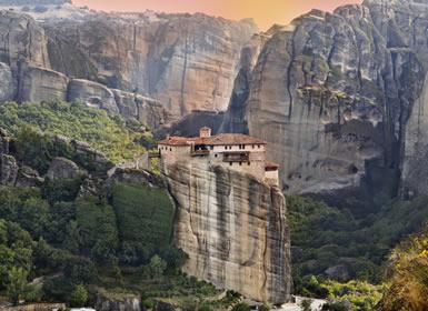 Grecia: Atenas, Mykonos y Delfos/Kalambaca Al Completo