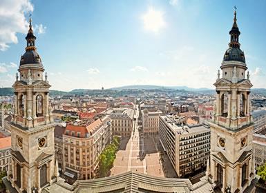 Hungr�a: Especial Puente Diciembre Budapest