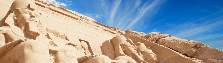 Fantástico programa que combina El Cairo y un fantástico Crucero por el río Nilo. Tendrás las visitas necesarias para que descubras las maravillas arqueológicas y la cultura egipcia. Regresarás con un recuerdo inolvidable.