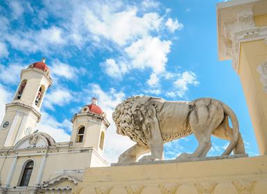 Cuba: Habana, Santiago, Holguín, Trinidad, Cienfuegos y Cayo Santa María