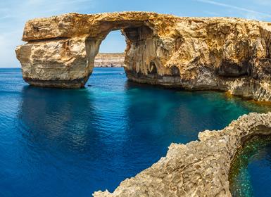 Malta: La Valleta con la Gruta Azul y Templos Megalíticos