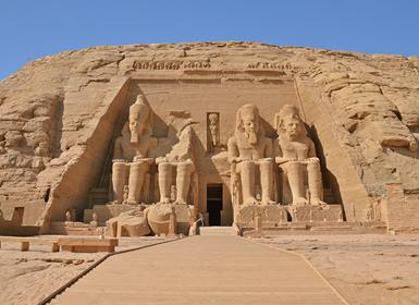 Egipto: El Cairo y Crucero 4 días con Abu Simbel
