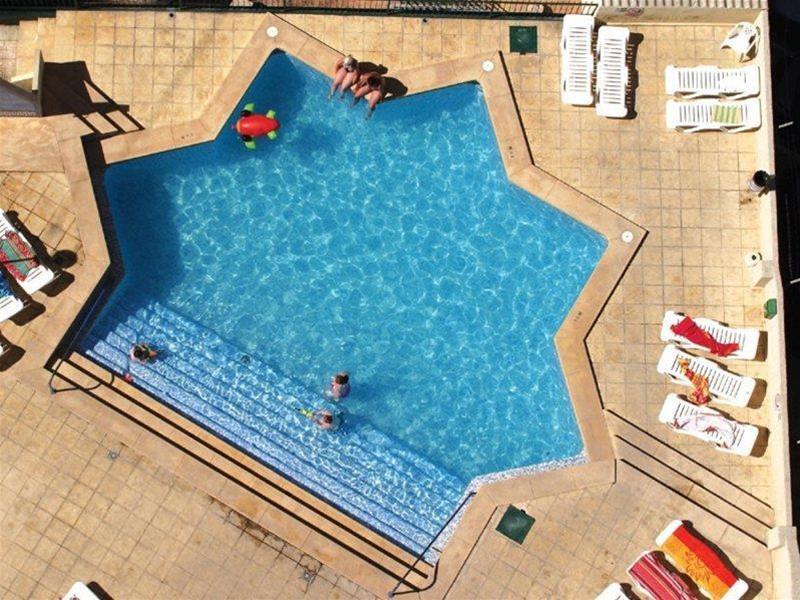 Hotel Aptos. Mayra