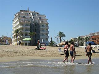 Hotel Sundays Beach