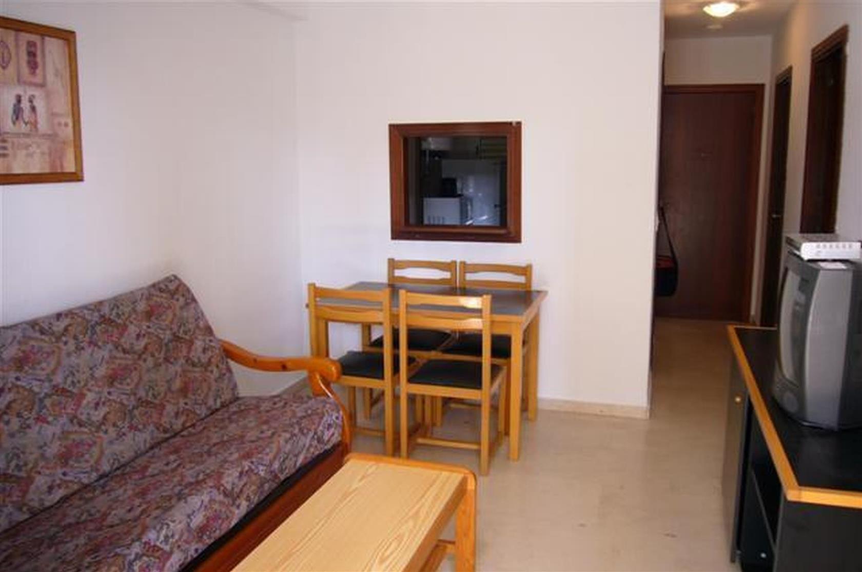 Hotel Aptos. Gemelos II-IV