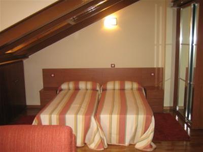 Hotel Aptos. Ce�n Berm�dez