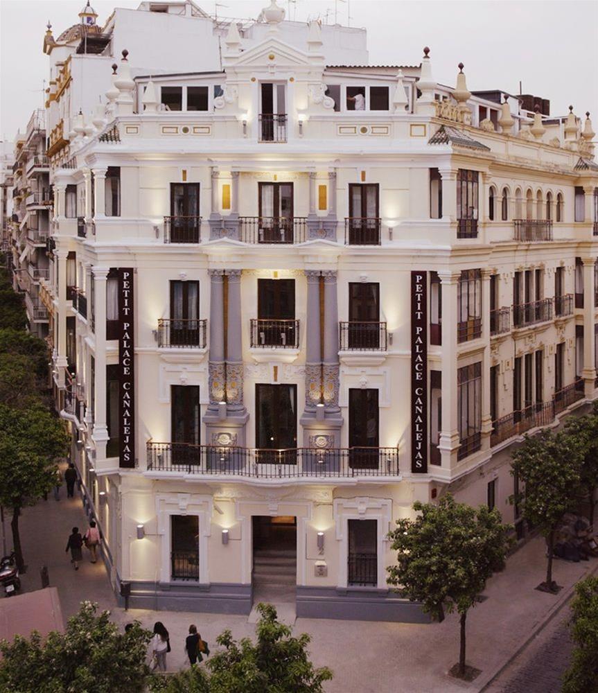 Trenes madrid sevilla desde 23 ofertas de billetes ave for Hotel calle sevilla madrid