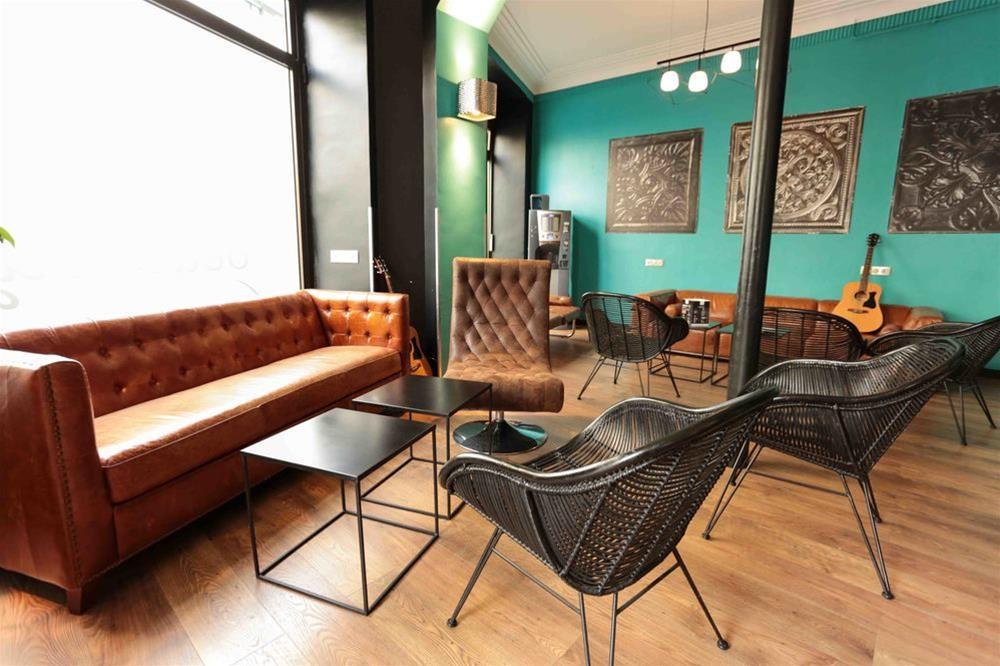 train gen ve paris partir de 31 promos de billets tgv et sncf plus rapide et simple. Black Bedroom Furniture Sets. Home Design Ideas
