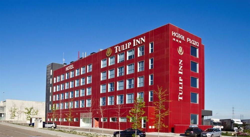 Trenes barcelona zaragoza desde 26 ofertas de billetes for Ave hotel barcelona madrid