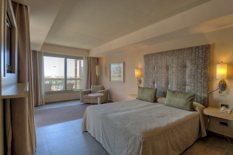 Approximately 42m 178 the ideal room for families with children