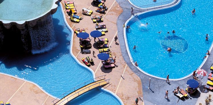 Gran hotel bali benidorm desde 37 logitravel for Piscinas benidorm