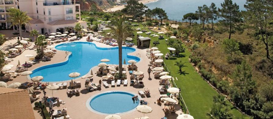 Hotel sensimar falesia atlantic en albufeira algarve for Piscinas exteriores