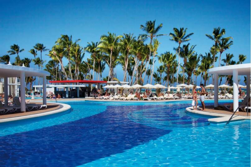 Baño Portatil Japones:Hotel Riu Palace Bavaro, Punta Cana – Logitravel