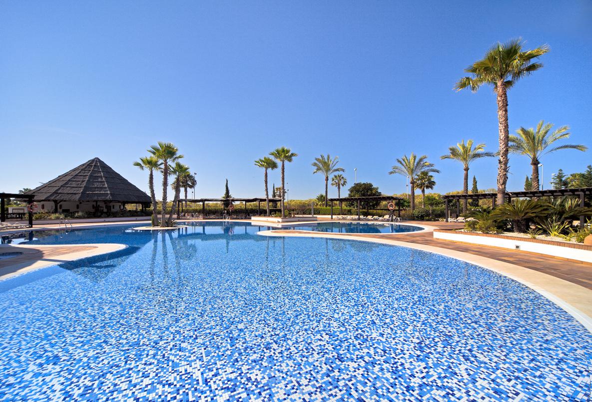 hoteles en isla cristina: