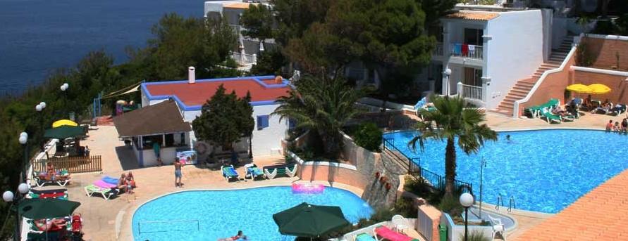Hotel club vista bahia en portinatx ibiza for Piscinas exteriores