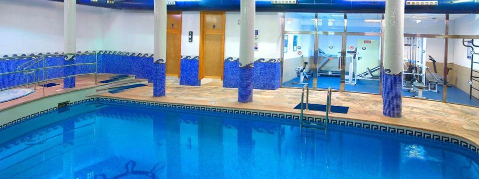 Hotel poseidon resort benidorm desde 29 logitravel for Piscina climatizada benidorm