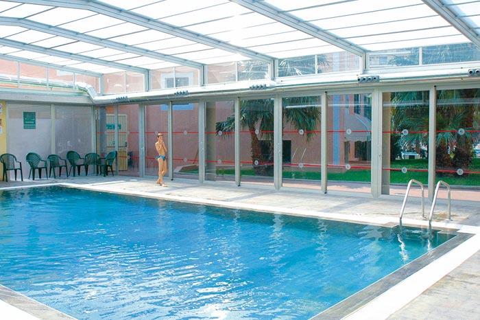 hotel benidorm piscina cubierta hd 1080p 4k foto