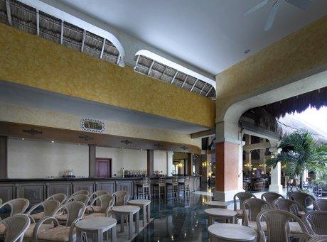 hotel gran palladium white sand: