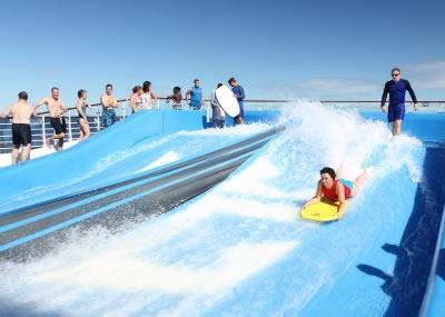 Foto76 - Allure of the Seas - Simulador Surf