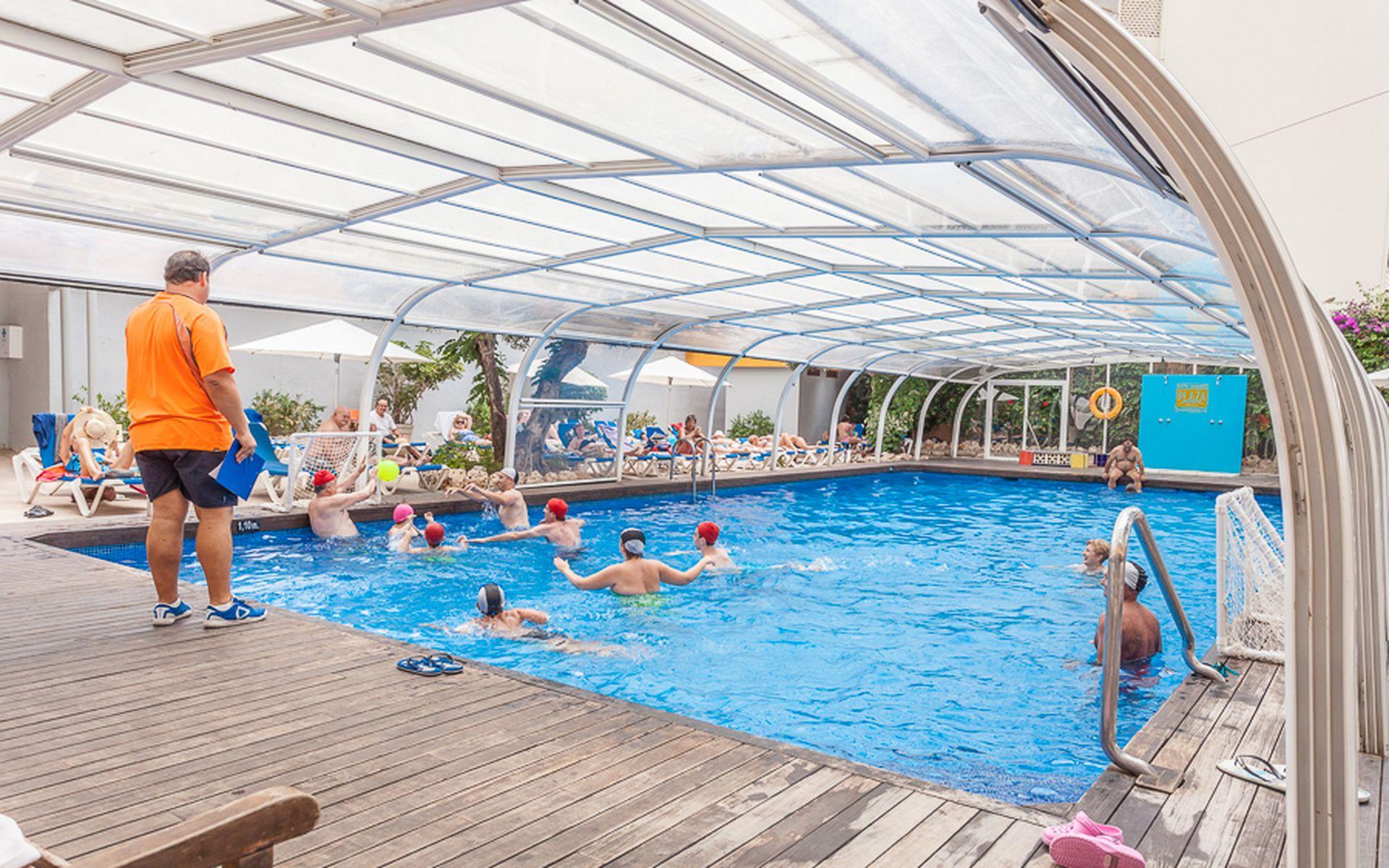 Hotel benidorm plaza en benidorm costa blanca desde 33 for Piscinas benidorm