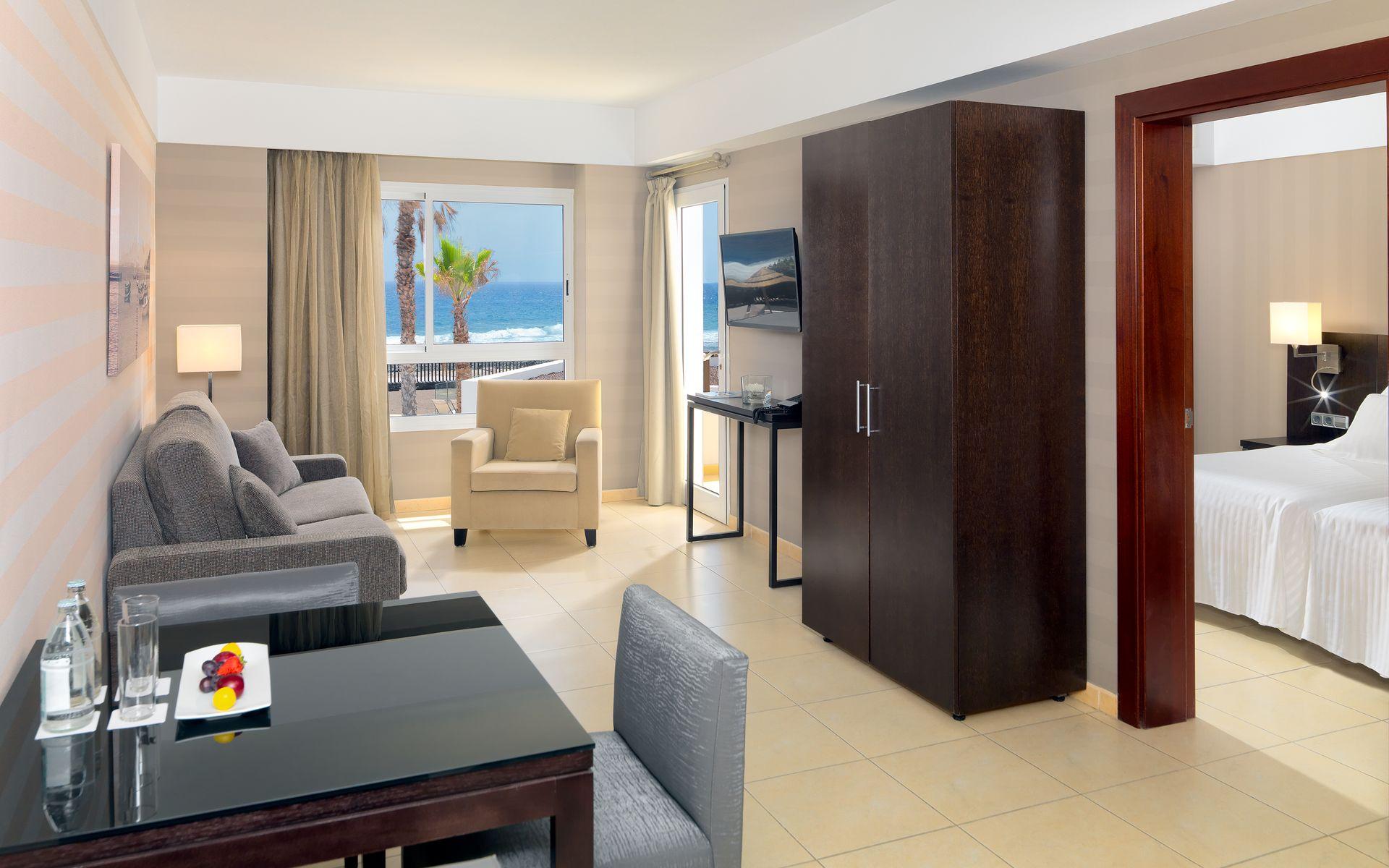 Hotel barcel castillo club premium en caleta de fuste - Television pequena plana ...