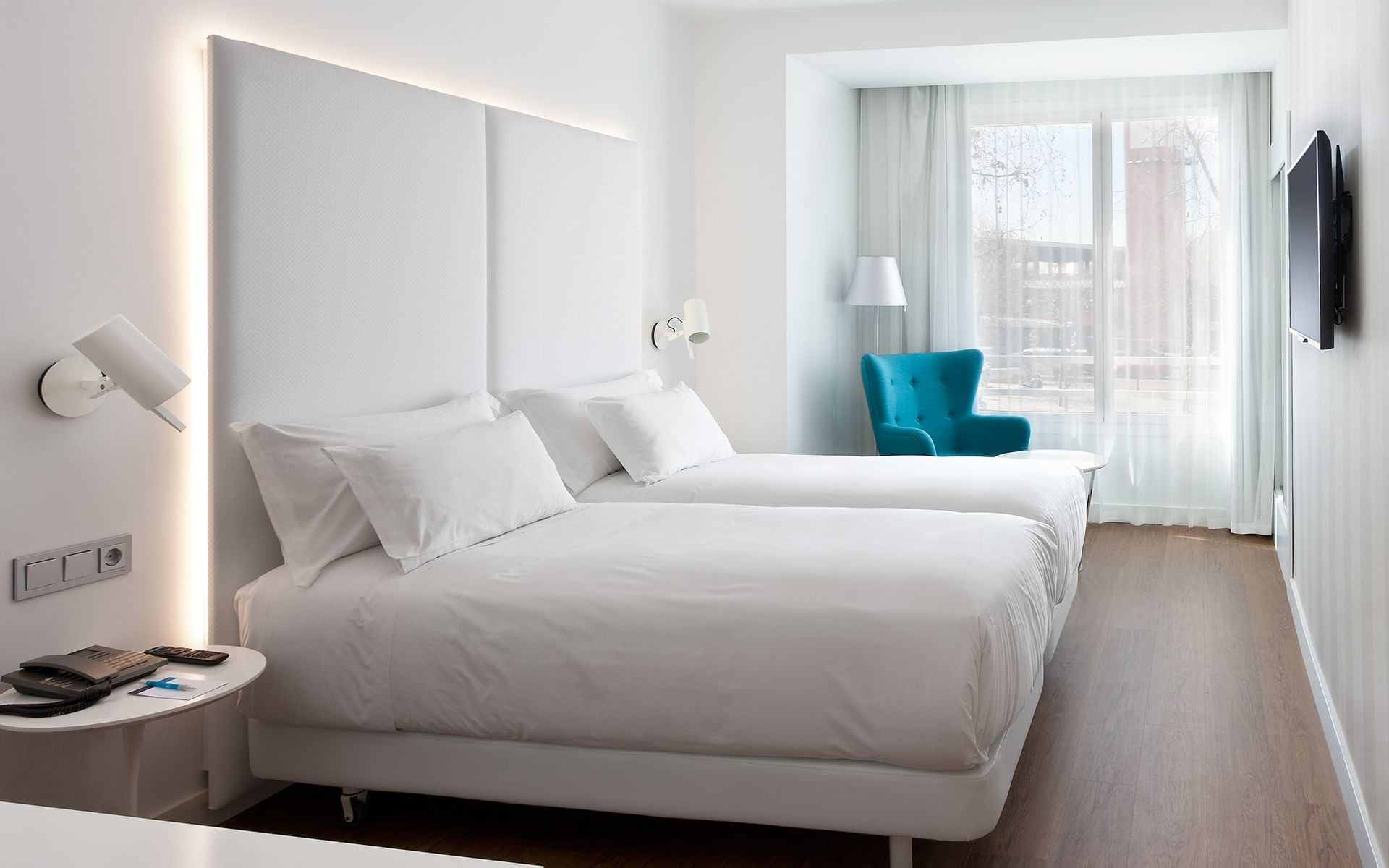 atocha chat rooms Search for hotel weare chamartin choose room type, read guest reviews, compare hotel price, and book the best hotel room with tripcom.