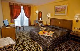 HotelAgora Juan De Austria