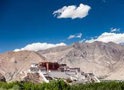 Vuelos baratos Madrid Lhasa, MAD - LXA