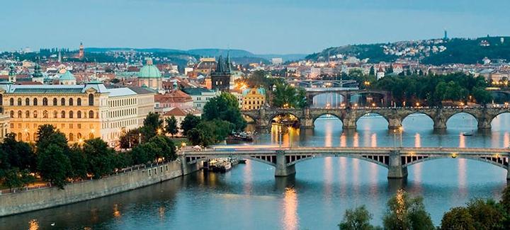 Mejor precio de Oporto a Praga