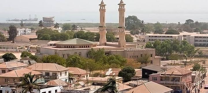 Mejor precio a Gambia