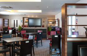 Holiday Inn Express Bristol North image 34