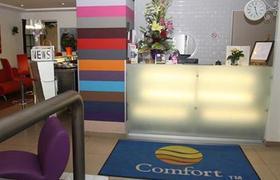 Comfort Paris La Fayette image 1