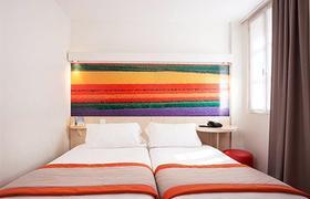 Comfort Paris La Fayette image 10