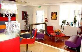 Comfort Paris La Fayette image 3