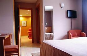 Aparthotel Ciudad De Lugo image 2