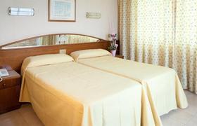H-top Royal Sun Suites image 3