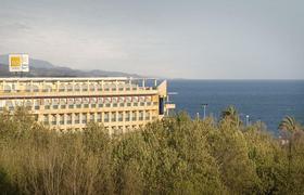 Bq Andalucia Beach image 1