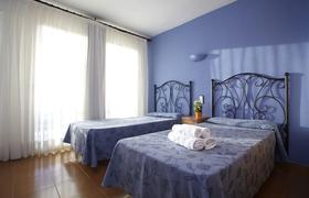 Aptos. Mediterranean Suites image 2
