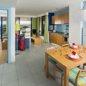 Hotel luna olympus en vilamoura algarve - Television pequena plana ...