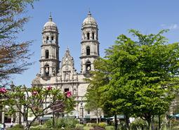 México DF y Guadalajara Esencial