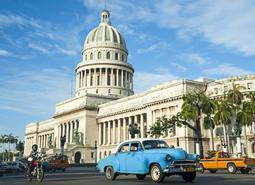 Cuba: Naturaleza, Historia y Playas Esencial