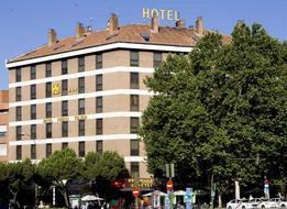 HotelPuerta De Toledo