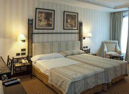 HotelHusa Gran Via
