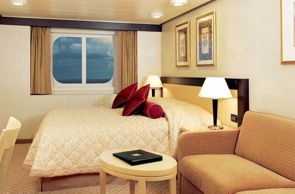 Cubierta deck 4 del barco queen victoria cunard for Exterior vista obstruida