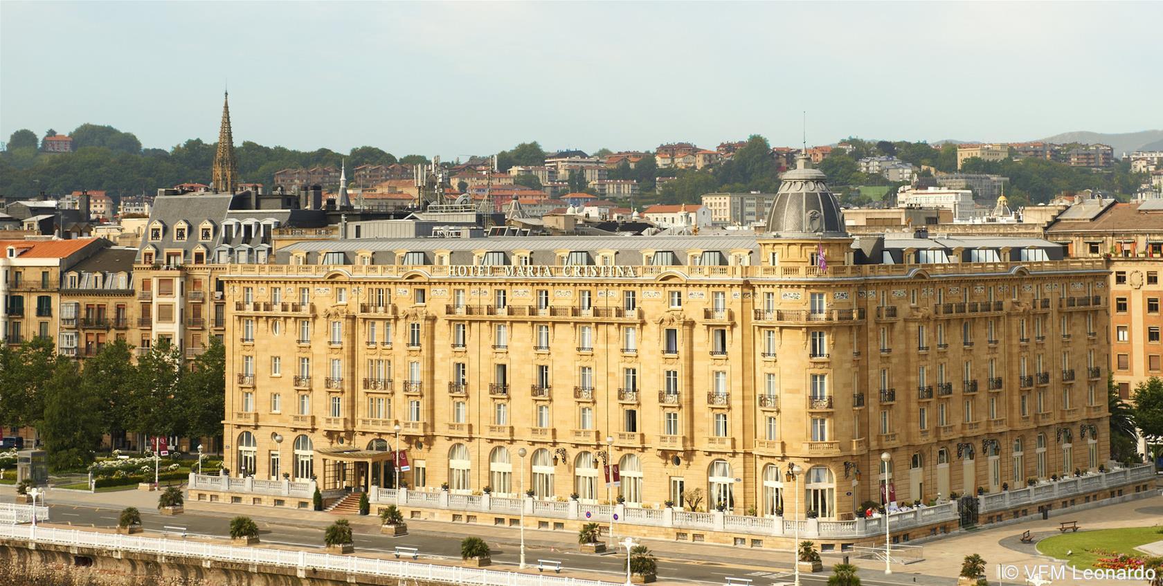 Train madrid saint s bastien partir de 38 promos de for Luxury hotel zaragoza