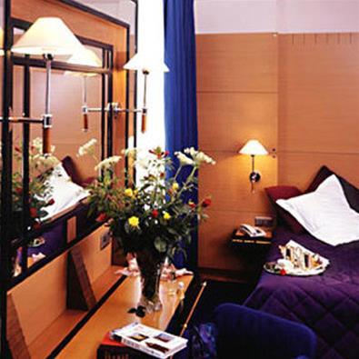 train paris strasbourg partir de 115 promos de billets tgv et sncf. Black Bedroom Furniture Sets. Home Design Ideas