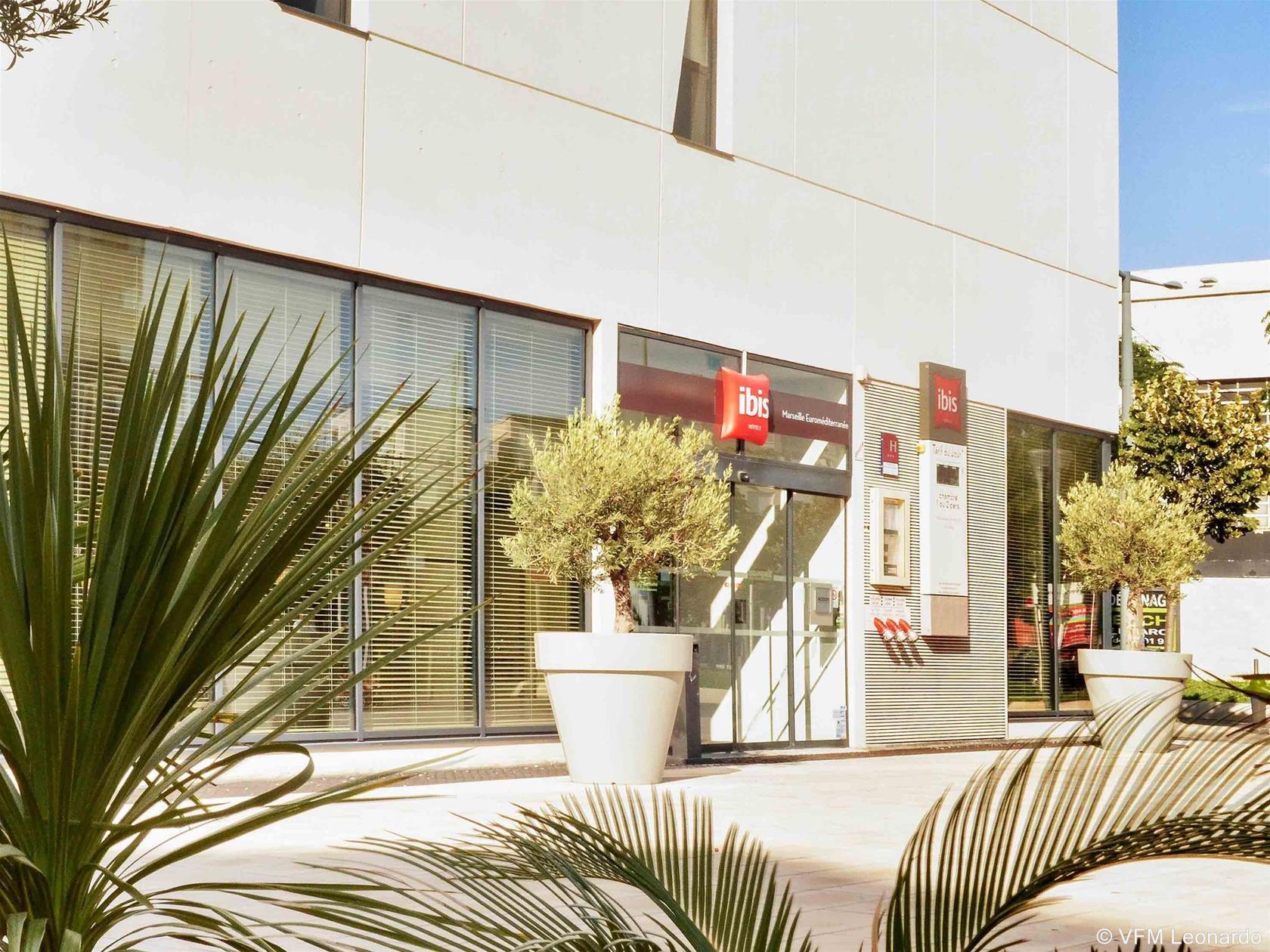 Trenes barcelona marsella desde 48 ofertas de billetes - Hotel ibis marseille centre vieux port ...