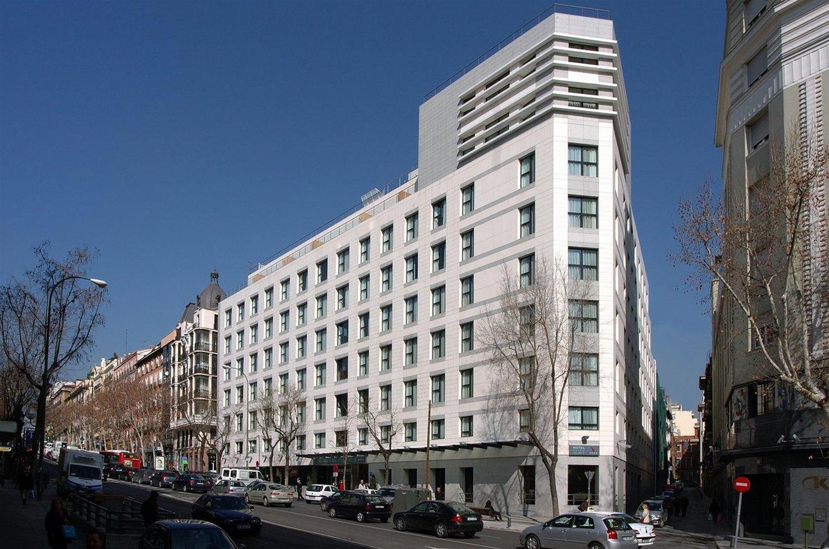 Trenes sevilla madrid desde 26 ofertas de billetes ave for Hotel calle sevilla madrid