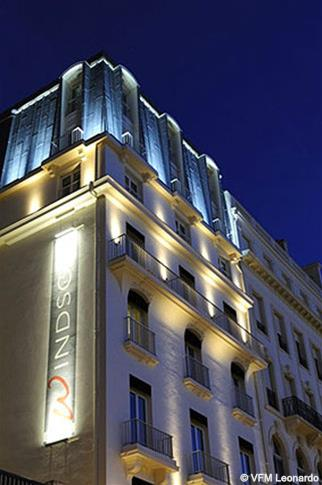 train paris biarritz partir de 30 promos de billets ave et elipsos. Black Bedroom Furniture Sets. Home Design Ideas