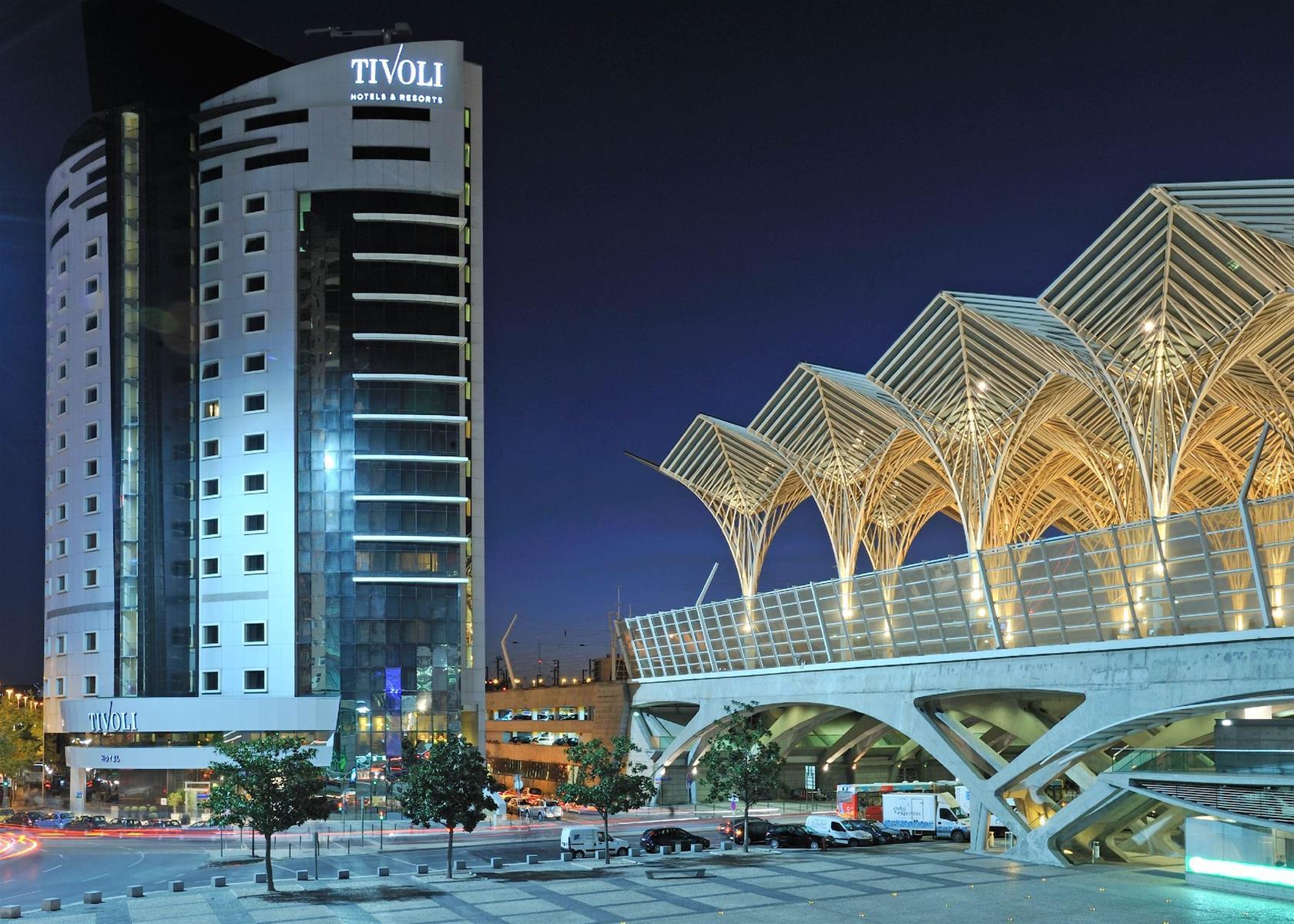 Trenes barcelona lisboa desde 106 ofertas de billetes for Ave hotel barcelona madrid